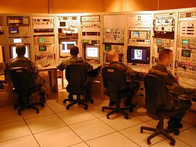 Salle de traitement des signaux CGE (source 44° RT)